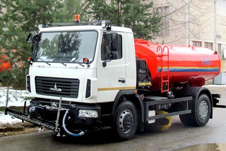 Аренда поливомоечной машины МАЗ в Москве